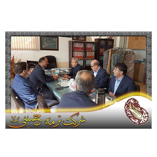 بازدید آقای قدیری مدير محترم شعب بانک ملت استان یزد از شرکت ترمه حسینی یزد